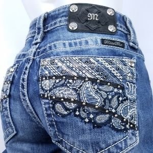 MISS ME Jeans Embellished Embroidery Paisley Pockt